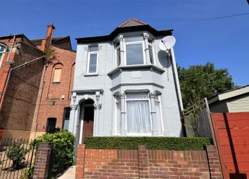 Green Pond Road, Walthamstow, London E17. 1 bed flat for sale