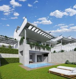 Thumbnail 3 bed town house for sale in Málaga, Cabopino, Spain