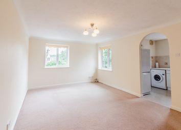 Thumbnail 2 bedroom flat to rent in Grove Road, Harpenden