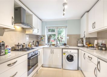 Burhill Grove, Pinner, Middlesex HA5. 2 bed flat