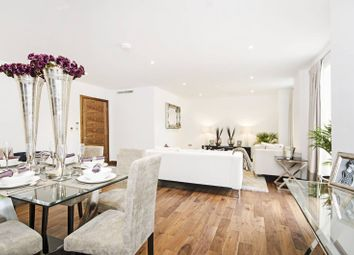 Thumbnail 3 bed flat for sale in Queens Road, Hendon