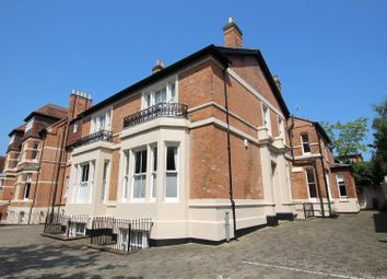 1 bed flat to rent in Warwick New Road, Leamington Spa CV32