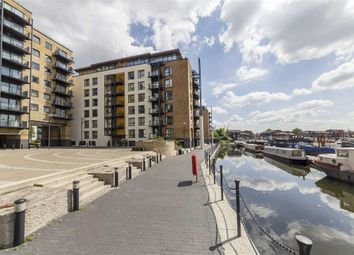 Thumbnail 3 bed flat for sale in Boardwalk Place, London