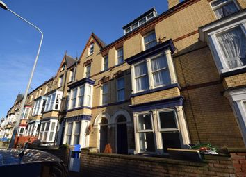 Thumbnail 6 bed terraced house for sale in Windsor Crescent, Bridlington