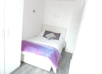 Thumbnail Room to rent in Rm G, The Woodston, Belsize Avenue