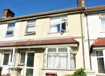 3 bed property to rent in Rosebery Road, Grays RM17