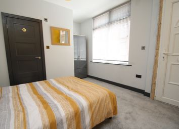 Thumbnail Room to rent in Room 2, Nowell Place, Harehills, Leeds