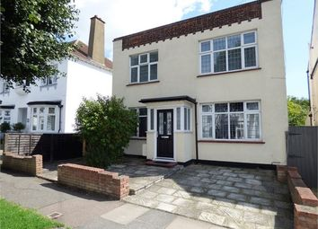 Thumbnail 2 bed flat to rent in Marine Avenue, Leigh On Sea, Leigh On Sea