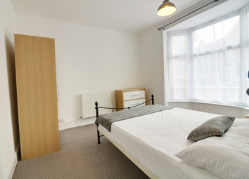 Thumbnail Room to rent in Room One, Park Road North, Ashford