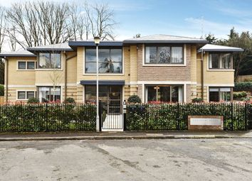 Thumbnail 3 bedroom flat for sale in Beaumore Place, South Park View, Gerrards Cross, Buckinghamshire
