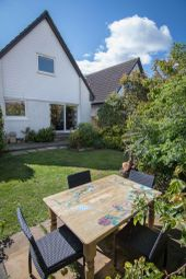 Thumbnail 4 bedroom detached house for sale in 9 Green Apron Park, North Berwick
