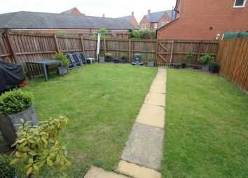 Thumbnail 5 bedroom terraced house for sale in Featherstone Grove, Gosforth, Newcastle Upon Tyne