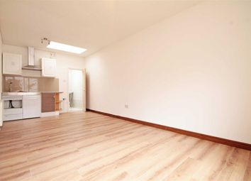 Thumbnail Studio to rent in East Street, Elephant And Castle, Greater London