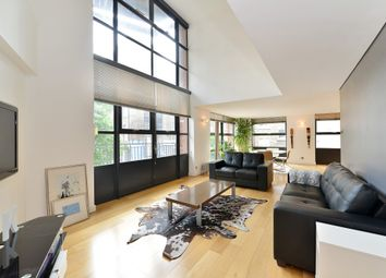 Thumbnail 2 bed flat for sale in City Pavilion, Britton Street, Farringdon