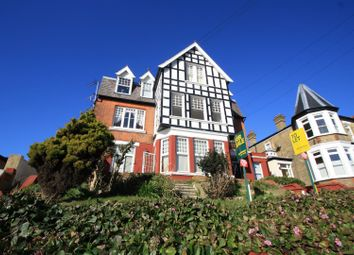 Palmerston Road, Westcliff-On-Sea SS0. 2 bed flat