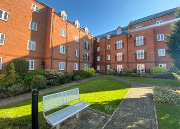 Thumbnail 2 bed flat to rent in Cherwell Court, Britannia Road, Banbury, Oxon