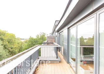 Thumbnail 2 bed flat to rent in Market Road, Islington, London