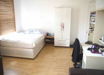 Thumbnail 3 bed maisonette to rent in Victoria Road, Hendon, London