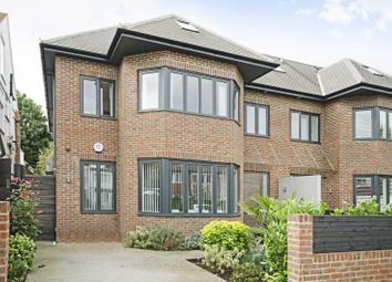 Thumbnail 6 bed property for sale in Elmcroft Avenue, Golders Green
