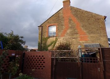 Thumbnail 2 bed flat to rent in North Street, Martock