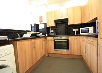 Thumbnail 3 bed flat to rent in Hopton House, Brixton