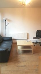 Thumbnail 4 bed flat to rent in Fenner Square, Clapham Junction