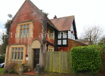 Thumbnail 3 bed detached house to rent in Boltro Road, Haywards Heath