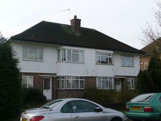 Tolcarne Drive, Pinner HA5. 2 bed flat