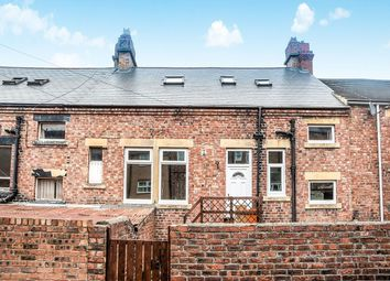 Thumbnail 3 bed flat to rent in Lyndhurst Terrace, Swalwell, Newcastle Upon Tyne