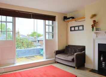 Thumbnail 2 bedroom flat to rent in Croftdown Road, Dartmouth Park, London