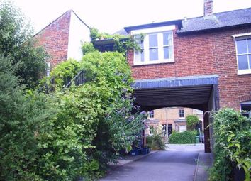 Thumbnail 1 bed flat to rent in Princes Street, Oxford