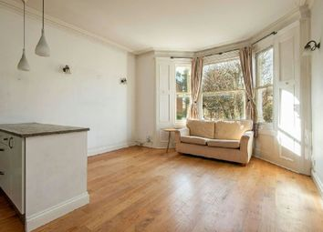 Thumbnail 2 bed flat for sale in Cromwell Avenue, Highgate