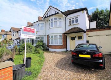4 bed semi-detached house to rent in Langley Cresent, Wanstead, London E11
