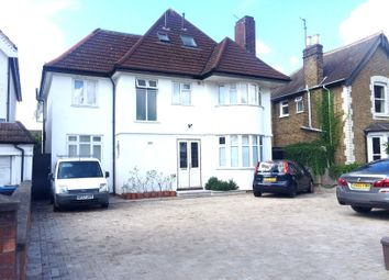 Kingston Road, New Malden KT3. 2 bed property