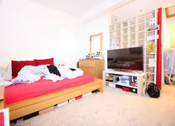 Thumbnail Room to rent in Saint Andrews, Notthing Hill