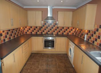Thumbnail 2 bedroom flat to rent in Kennet Close, Aylesbury