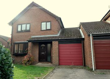 Thumbnail 3 bed link-detached house to rent in Agincourt Close, Wokingham, Berkshire