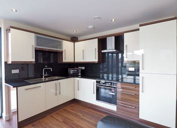 3 bed flat to rent in Fitzwilliam Street, Sheffield S1