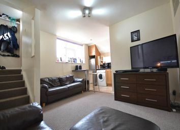 Thumbnail 1 bedroom flat to rent in Broadway, Didcot, Oxfordshire