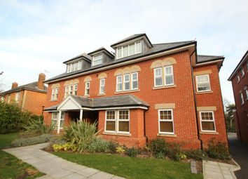 Thumbnail 2 bed flat to rent in Claremont Avenue, Woking