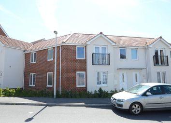 Thumbnail 2 bedroom flat to rent in Regis Park Road, Earley, Reading