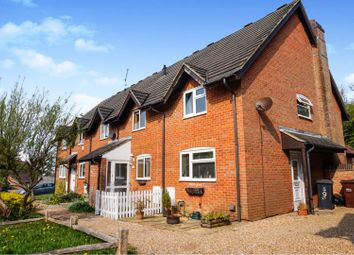 2 bed end terrace house for sale in Pipers Field, Ridgewood, Uckfield TN22
