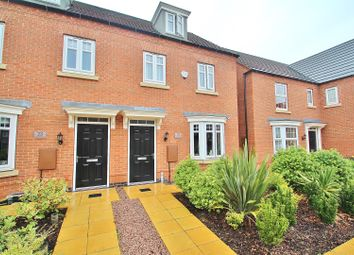Thumbnail 3 bed town house for sale in Cottesmore Close, Syston, Leicestershire
