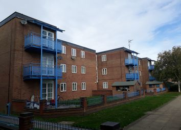 Thumbnail 1 bed flat to rent in Rupert House, Little Hardings, Welwyn Garden City