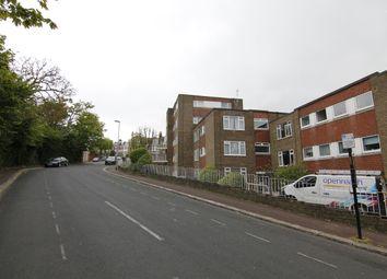 Thumbnail Studio to rent in East Drive, Brighton