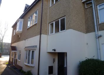 Thumbnail 3 bedroom flat to rent in Court Road, Shirley, Southampton