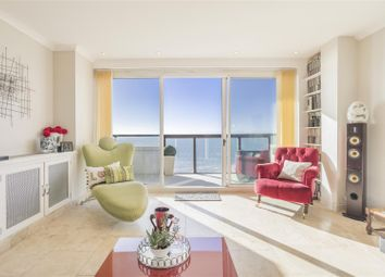Thumbnail 2 bed flat for sale in Queens Gardens, Hove