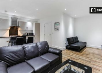 1 bed property to rent in Cambridge Heath Road, London E1