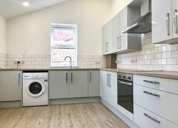 Thumbnail 5 bed shared accommodation to rent in Rosedale Road, Sheffield
