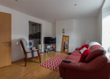 Thumbnail 2 bed flat to rent in Ruby Street, Roath, Cardiff